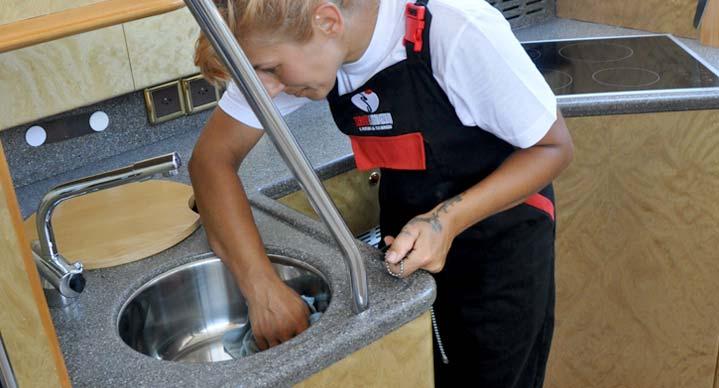 rimozione grasso da cucine-yachts-8- servizi e innovazioni